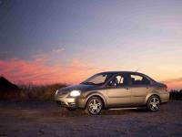 低速电动车标准是一种新的《红旗法案》吗?