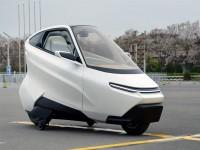 电动两轮汽车面世——小车也要干大事!